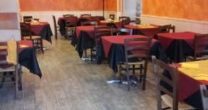 Acilia attività ristorante