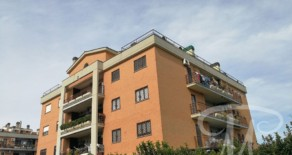 Castelverde appartamento con box auto