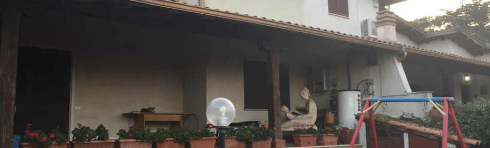 Trigoria villa in comprensorio esclusivo