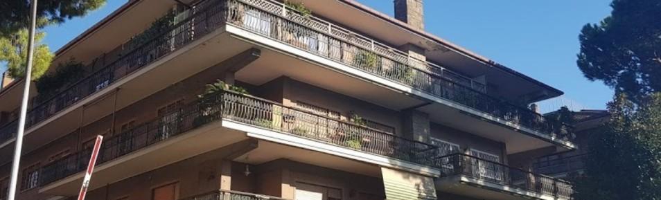 Portuense appartamento con posti auto